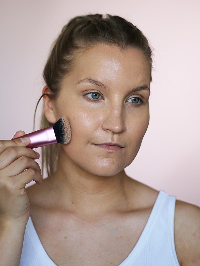 kestävä meikkipohja