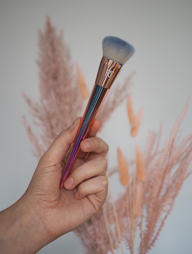 real techniques meikkivoidesivellin
