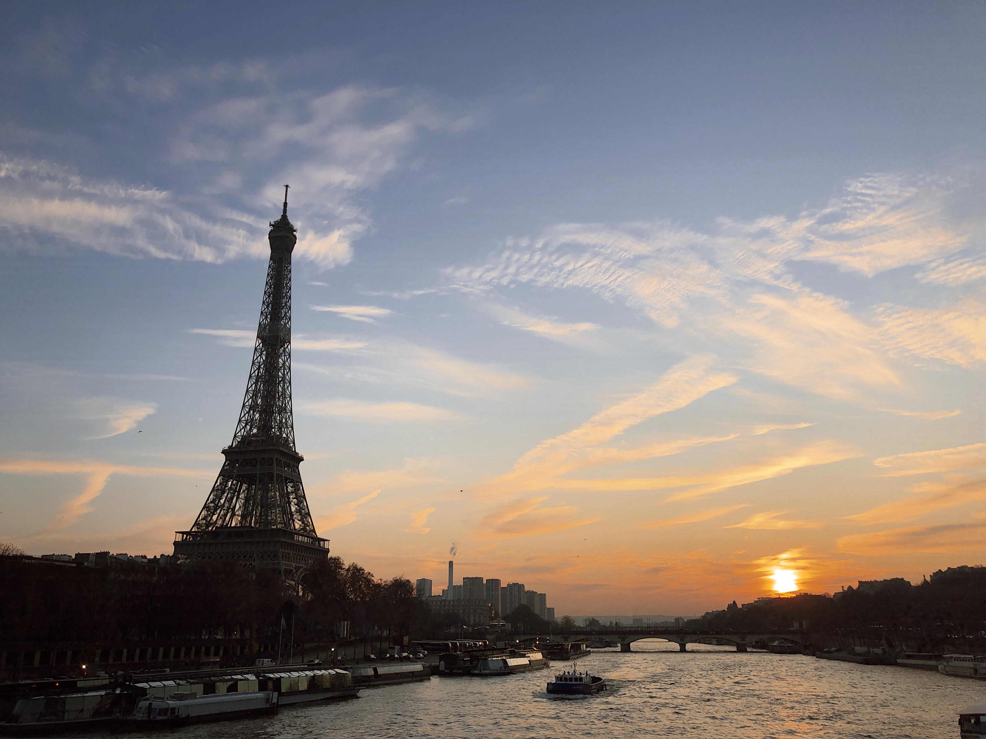 Sydämentykytyksiä Pariisissa