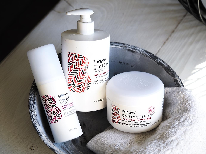 """Tavoitteena parempikuntoiset hiukset – silikonittomat ja sulfaatittomat Briogeo """"6 free hair care"""" -tuotteet"""