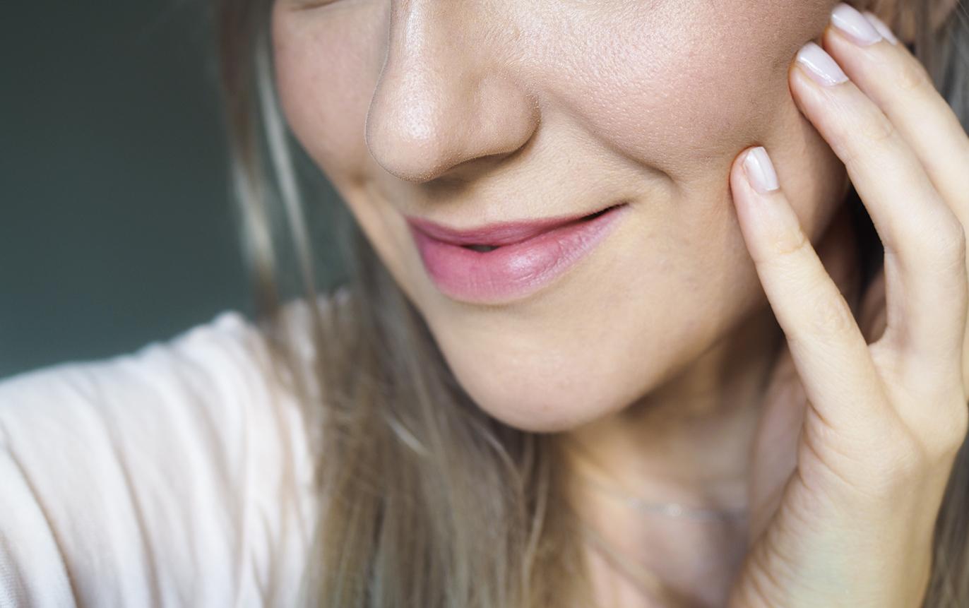 Laura Mercier Flawless Lumiere radiance meikkivioide