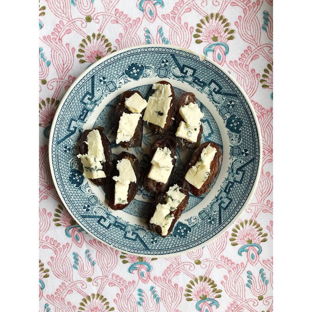 Gastronaatti - Taatelit ja sinihomejuusto