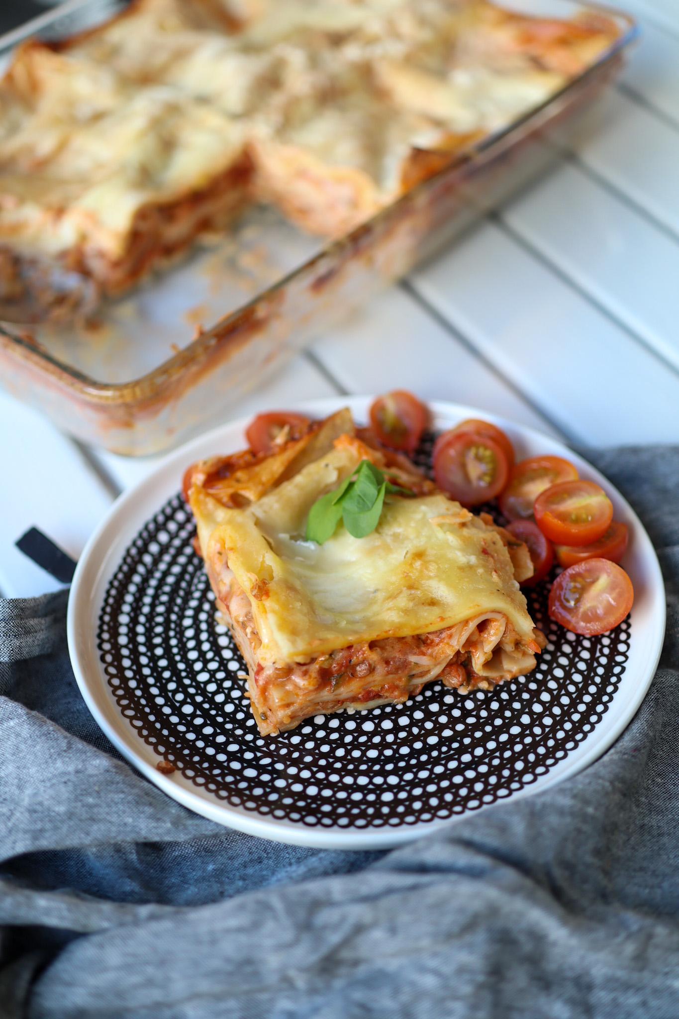 Meidän arkiruokaa – Vegaaninen lasagne