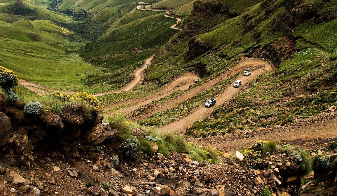 Lohikäärmevuorten juurella – Under the Drakensberg Mountains