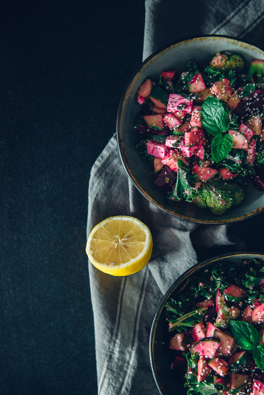 Feta-punajuuri-parsakaali-salaatti