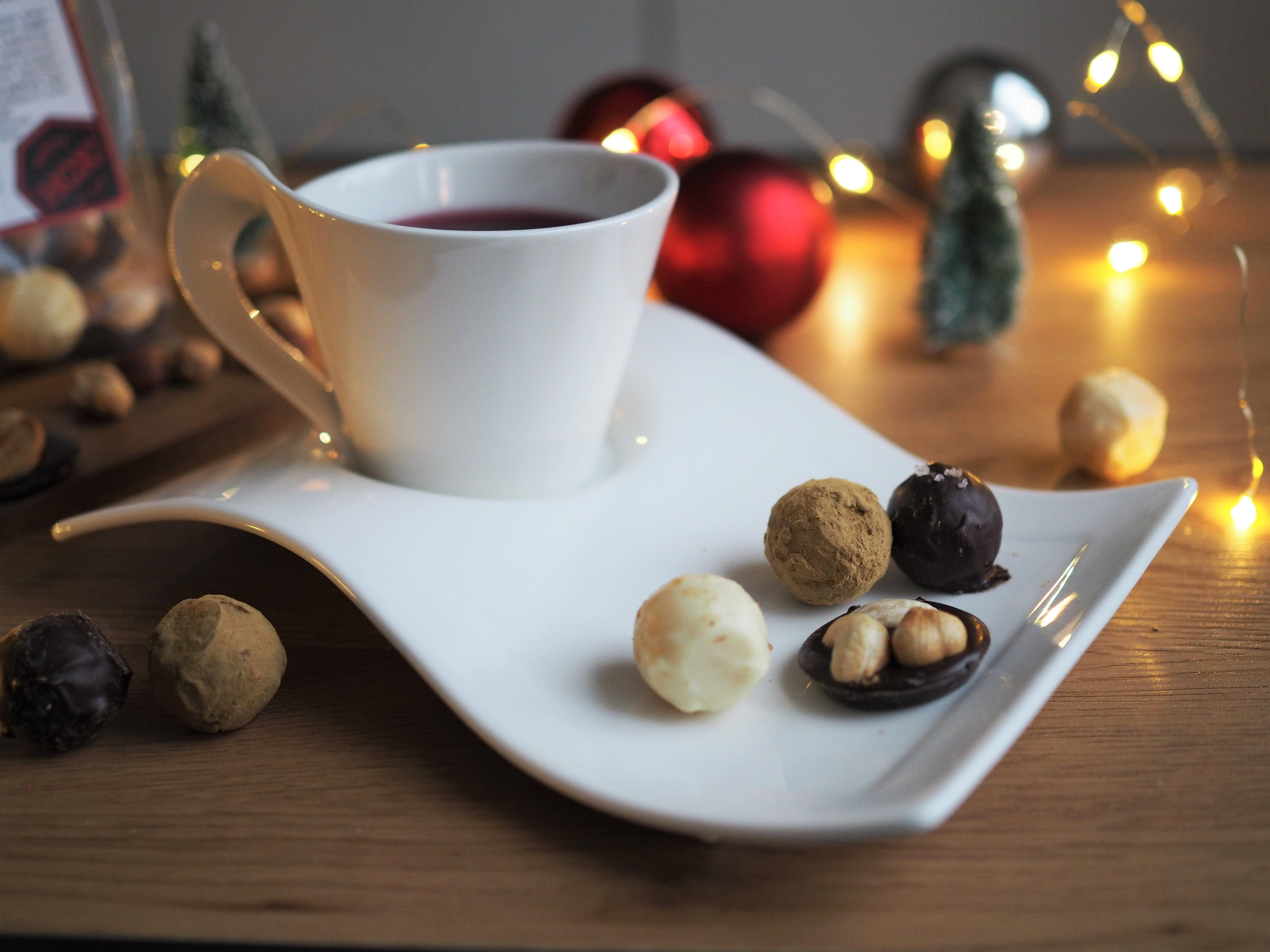 Joulukalenteri – ylläriluukku (Hox tryffelit + arvonta)