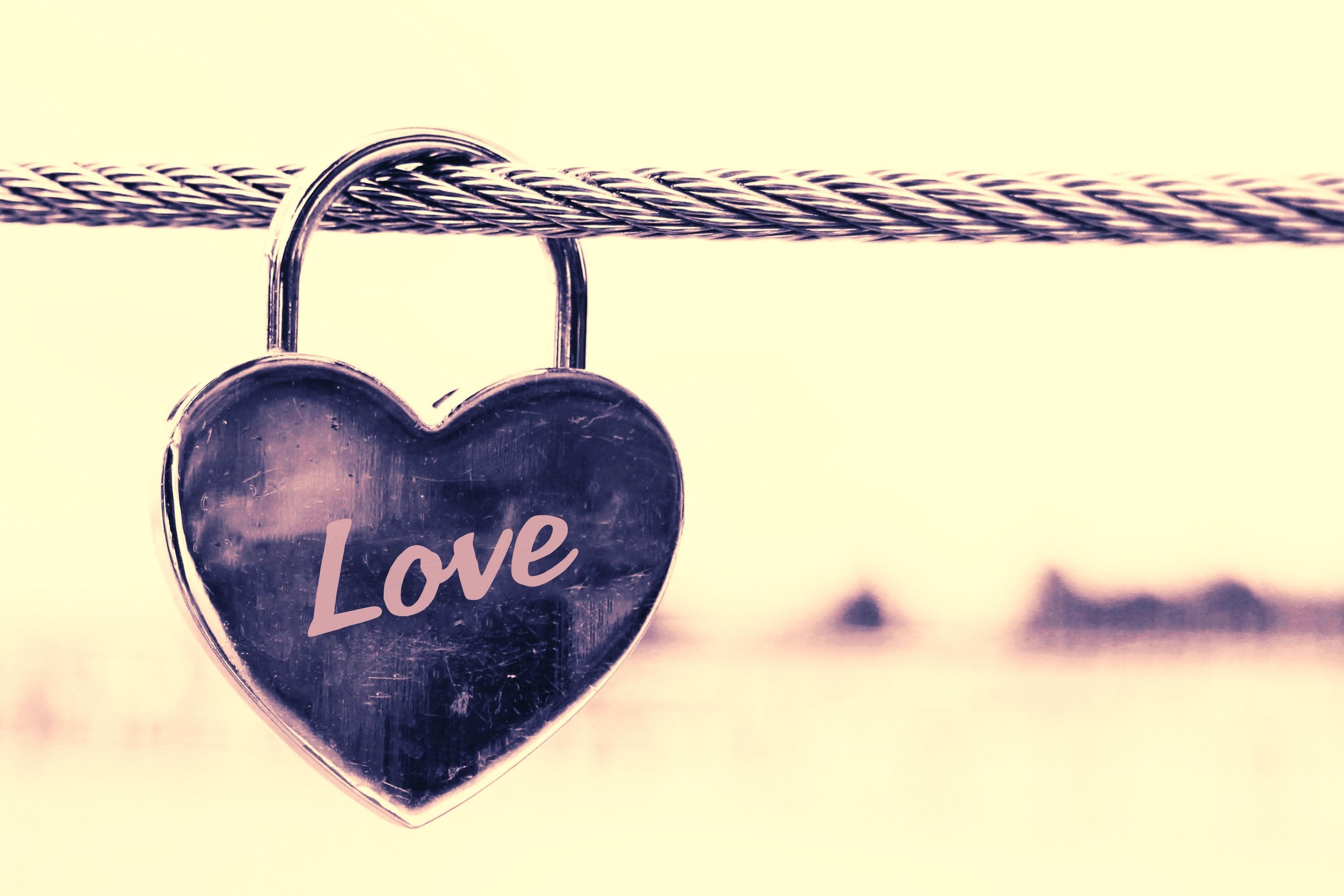 Rakastumisen pelko