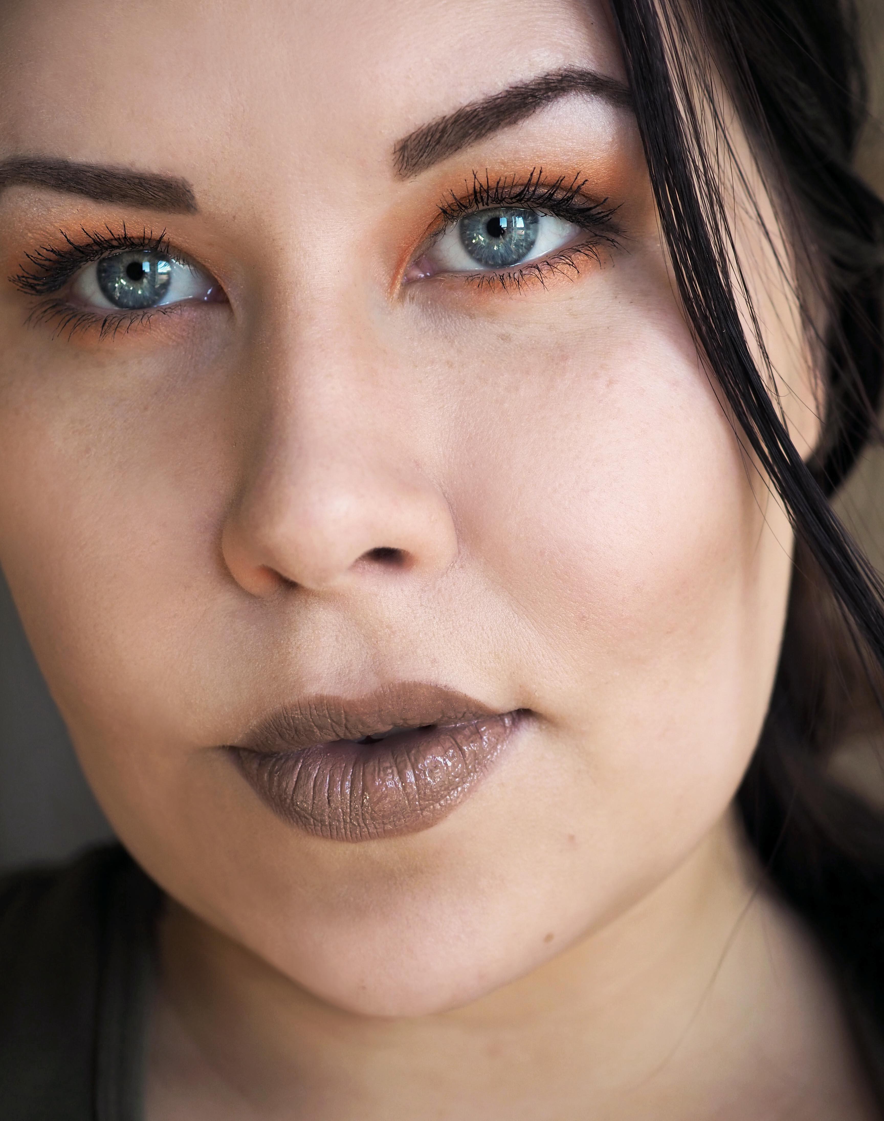 Kesäinen meikki luonnonkosmetiikalla