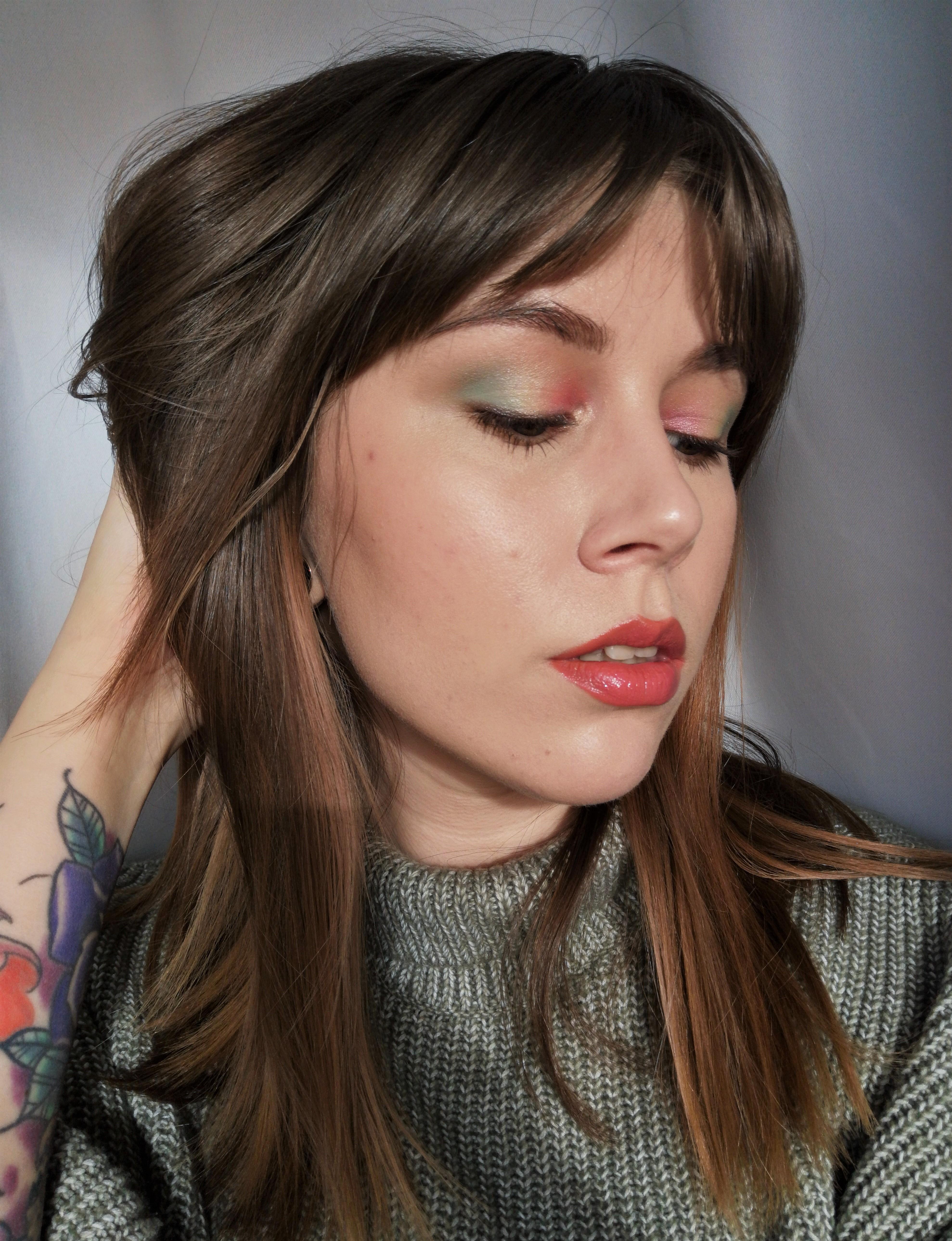 Vuoden 2020 meikkitrendit: Vesivärimeikki