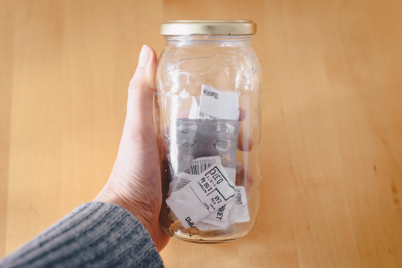 Mahtuuko kuukauden roskat lasipurkkiin?