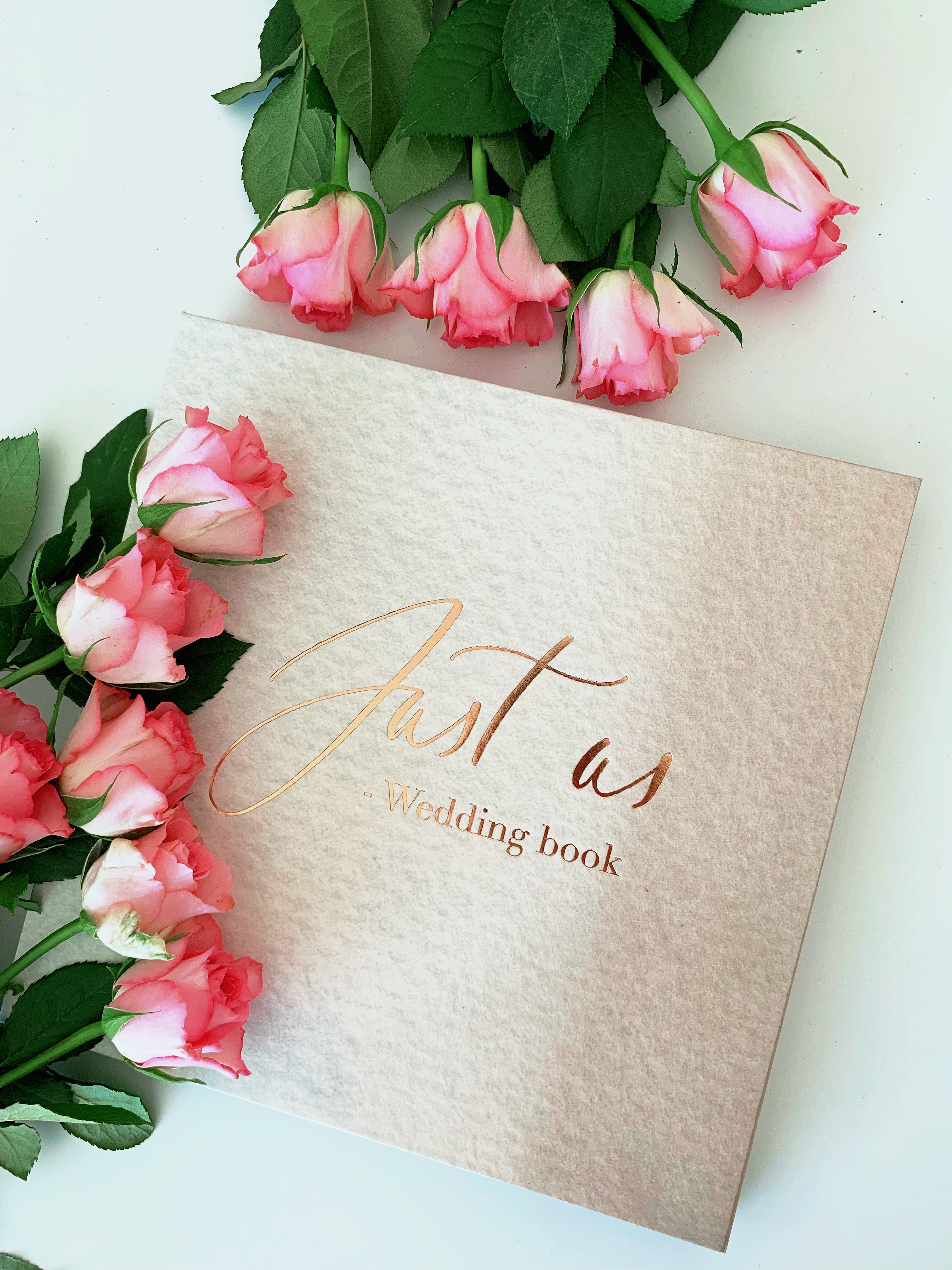 Just us – wedding book
