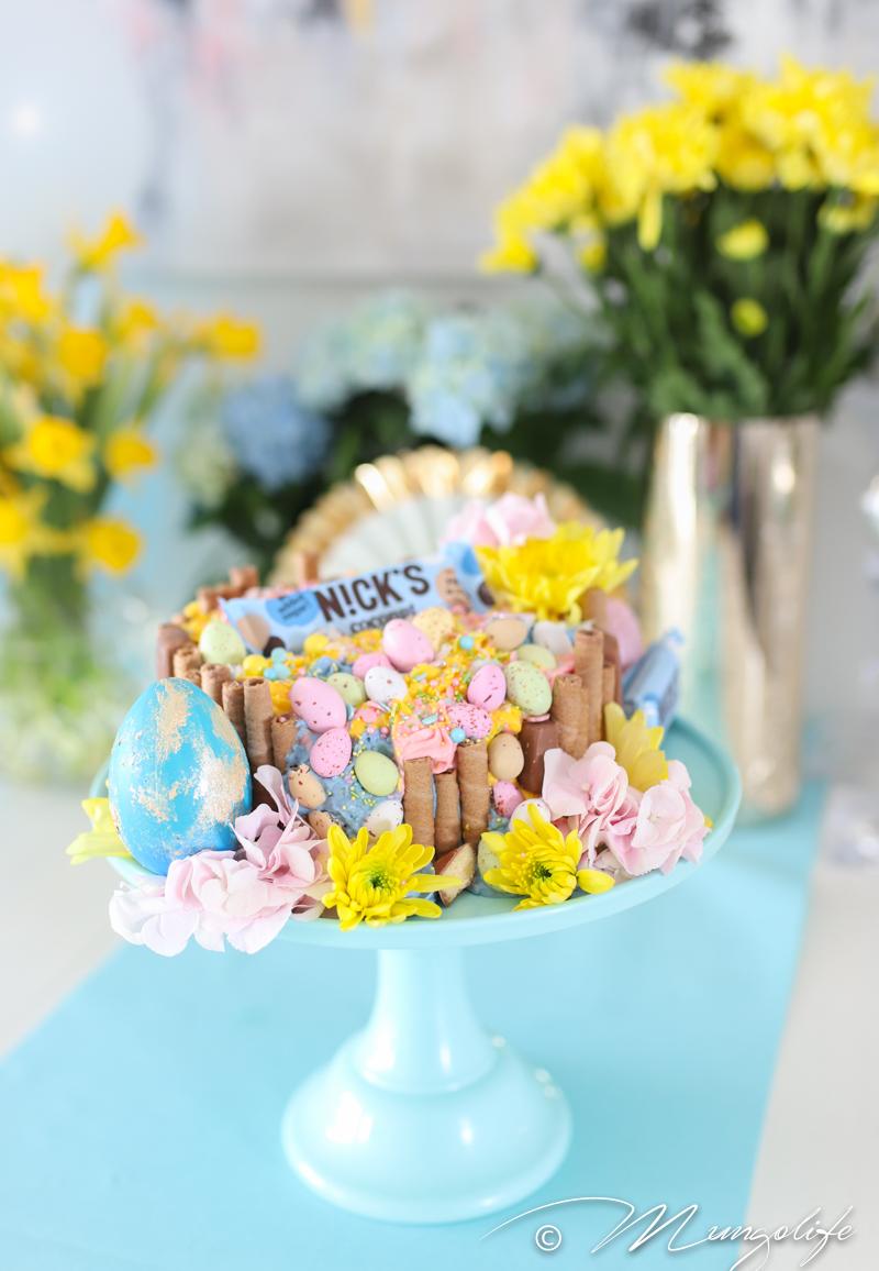 Suklaasta inspiroitunut pääsiäiskakku