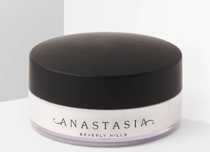 Testissä: Anastasia Beverly Hills, loose setting powder