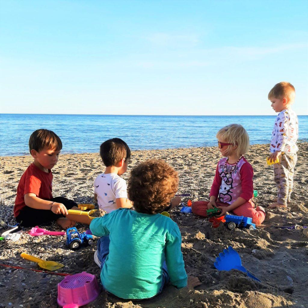 Latinaa ja suhteellisuusteoriaa 4- vuotiaalle