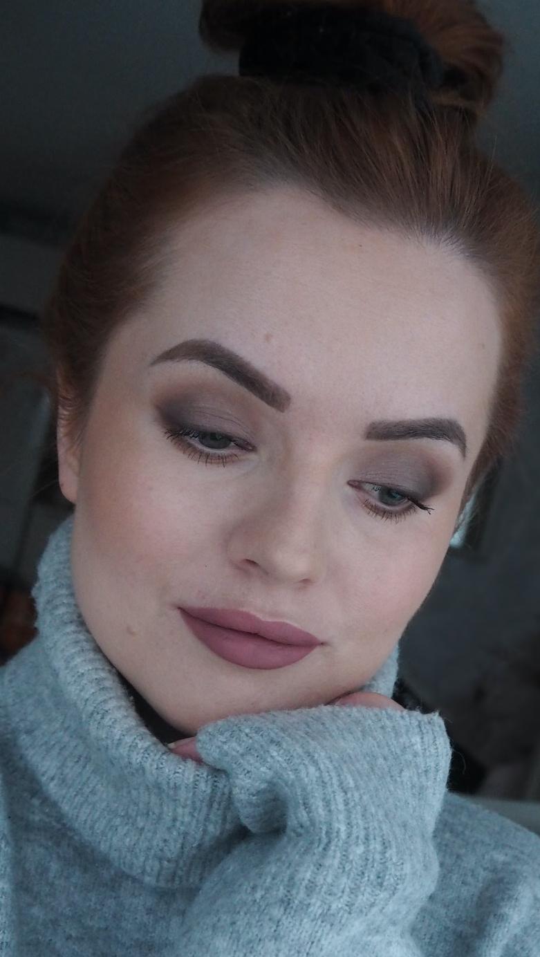 elfin voidemainen eyeliner