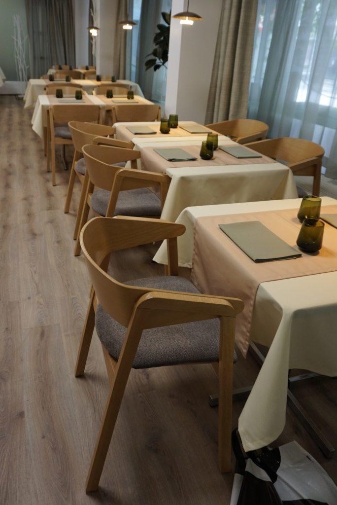 Uudistunut ravintola Hella & Huone