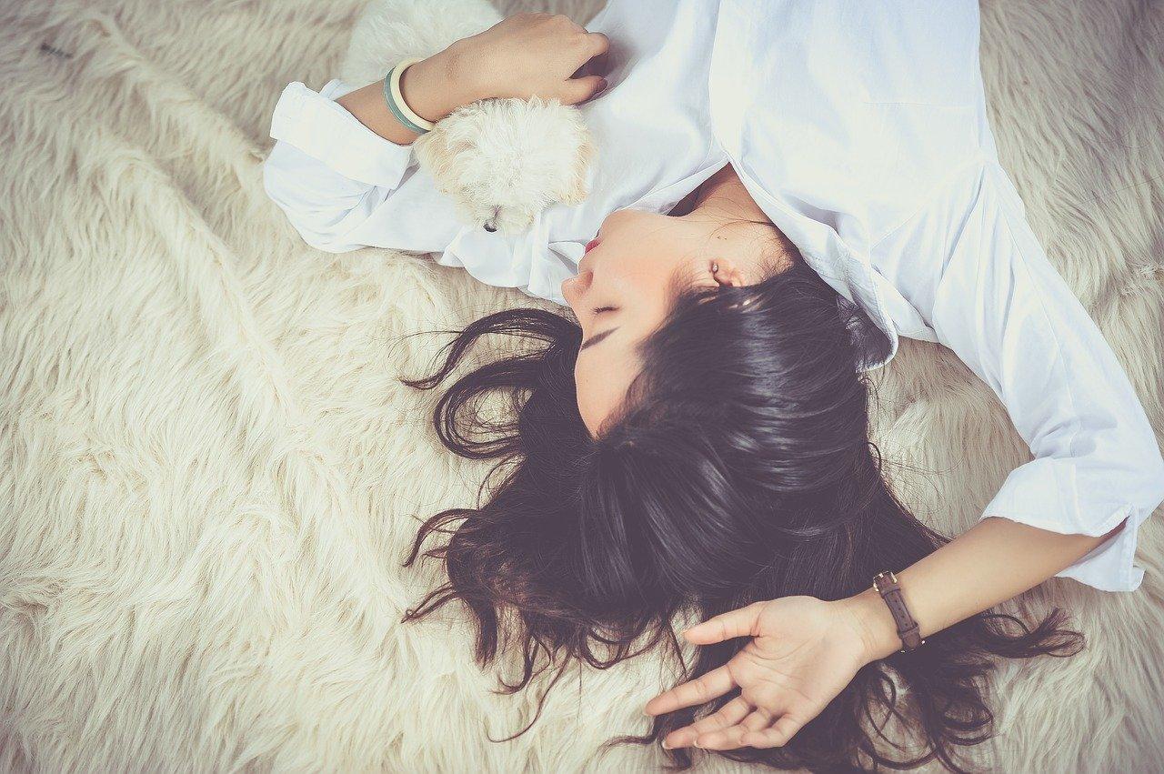 Miten rentoudut stressaavan päivän jälkeen?