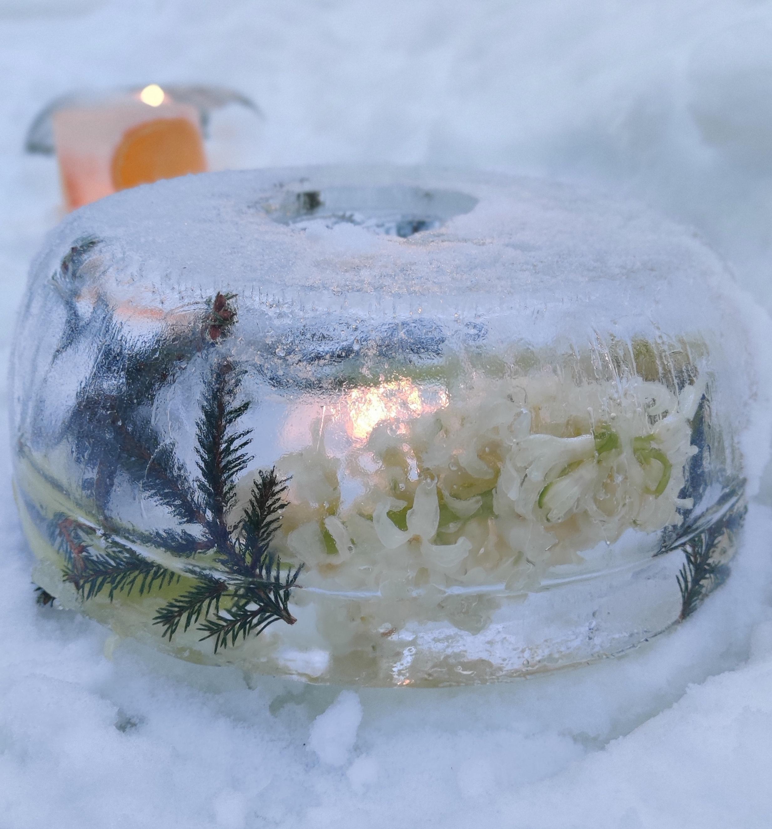 koristellut jäälyhdyt