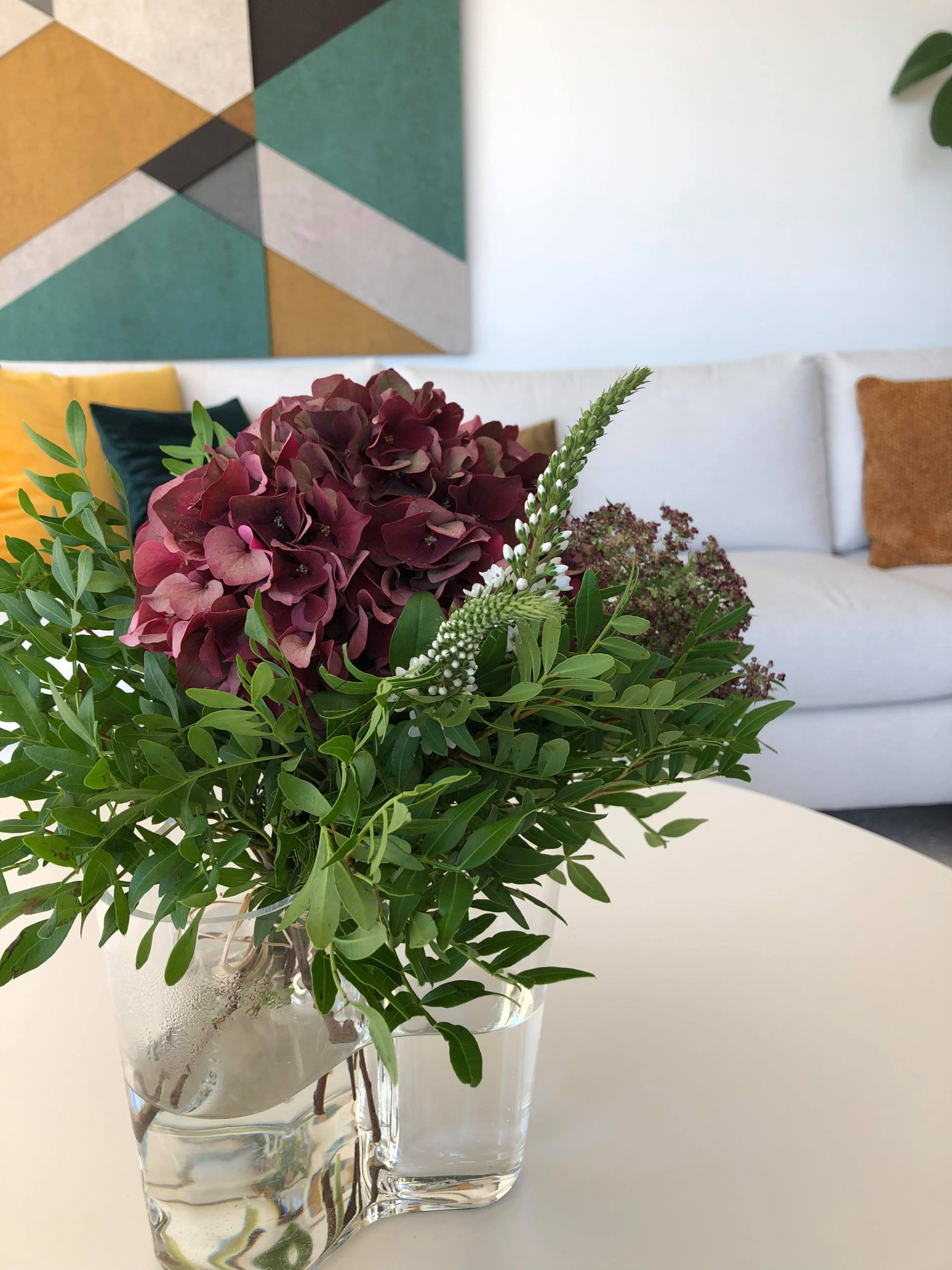 Viikonloppukimppu hortensiasta