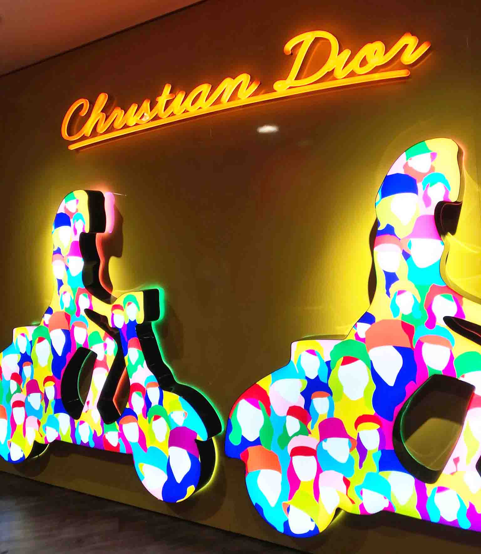 Rosana Eats Dior Cafe London lights