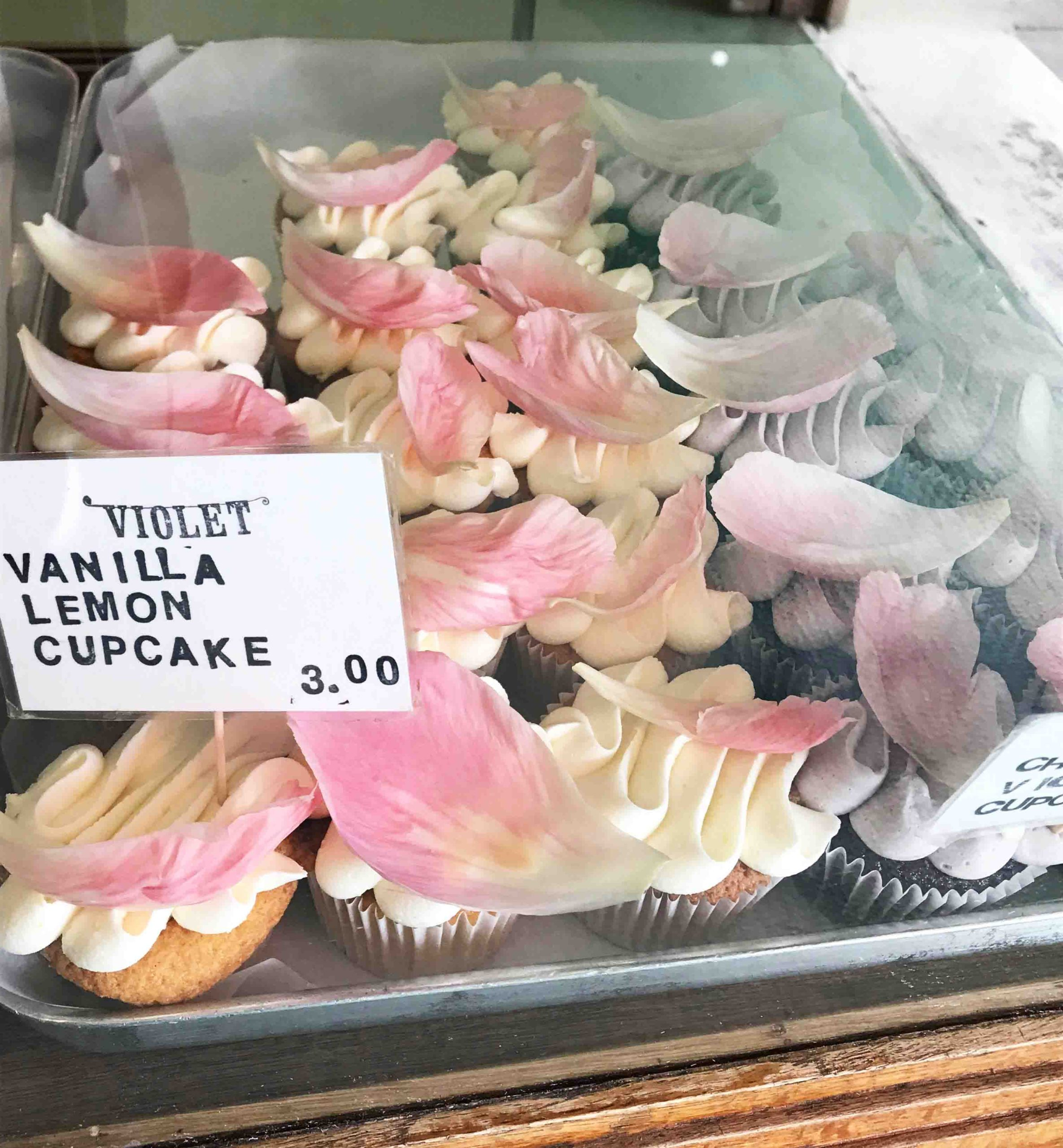 Rosana Eats Violet Cakes Londons